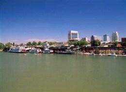 Leiebil Sacramento